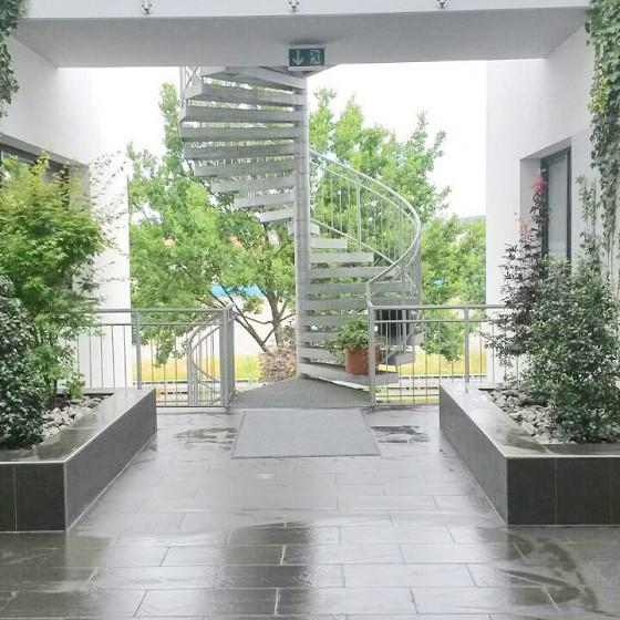Koennecke Innenhof Begruenung Atrium