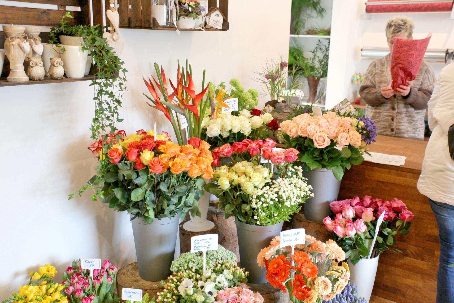 Frische Blumensträuße Muttertag